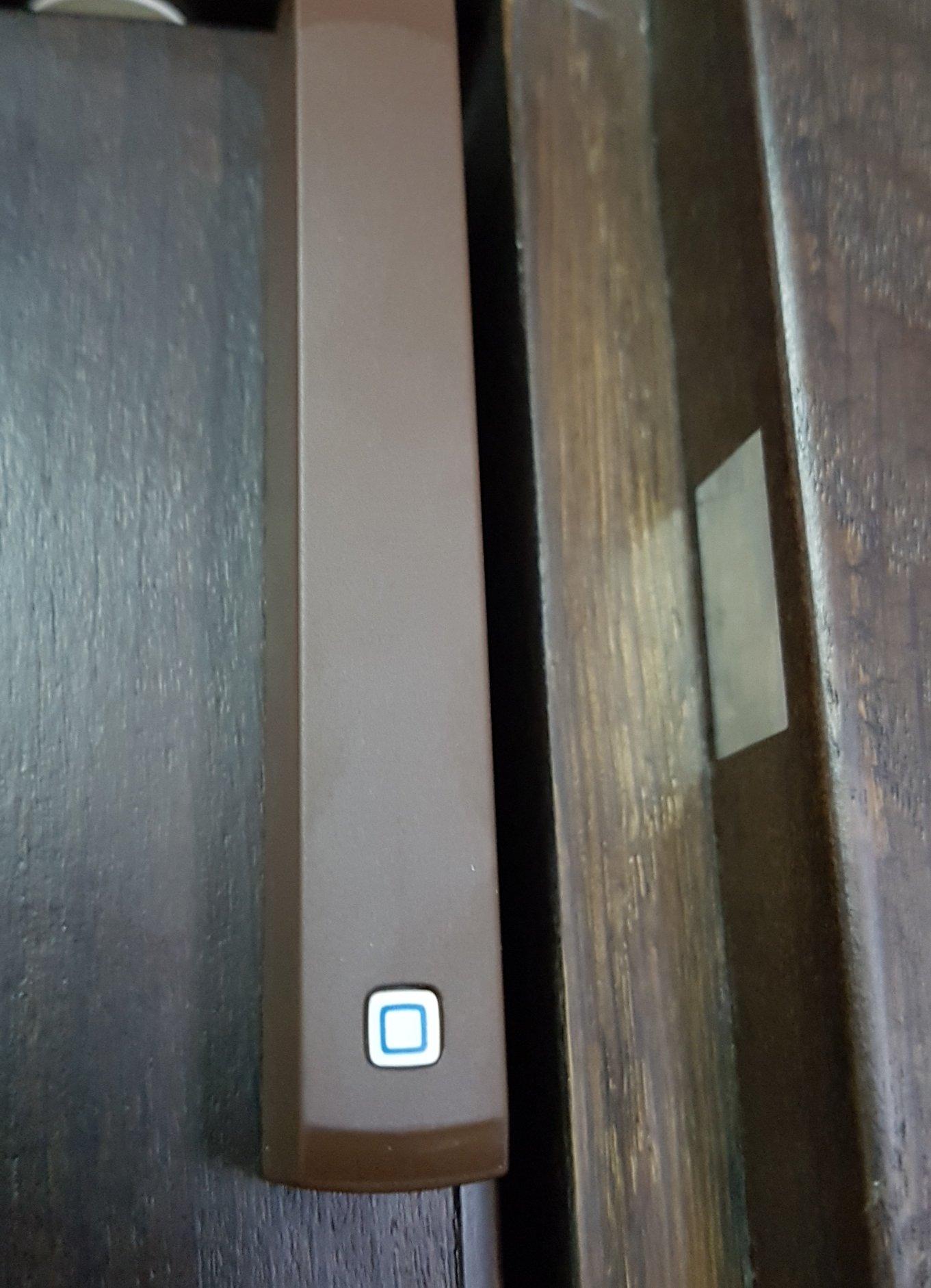 Homematic IP Стартов Комплект за управление на парно за Smart Home с Точка за достъп, Термостатна безжична глава за радиатор и Сензор за прозорец