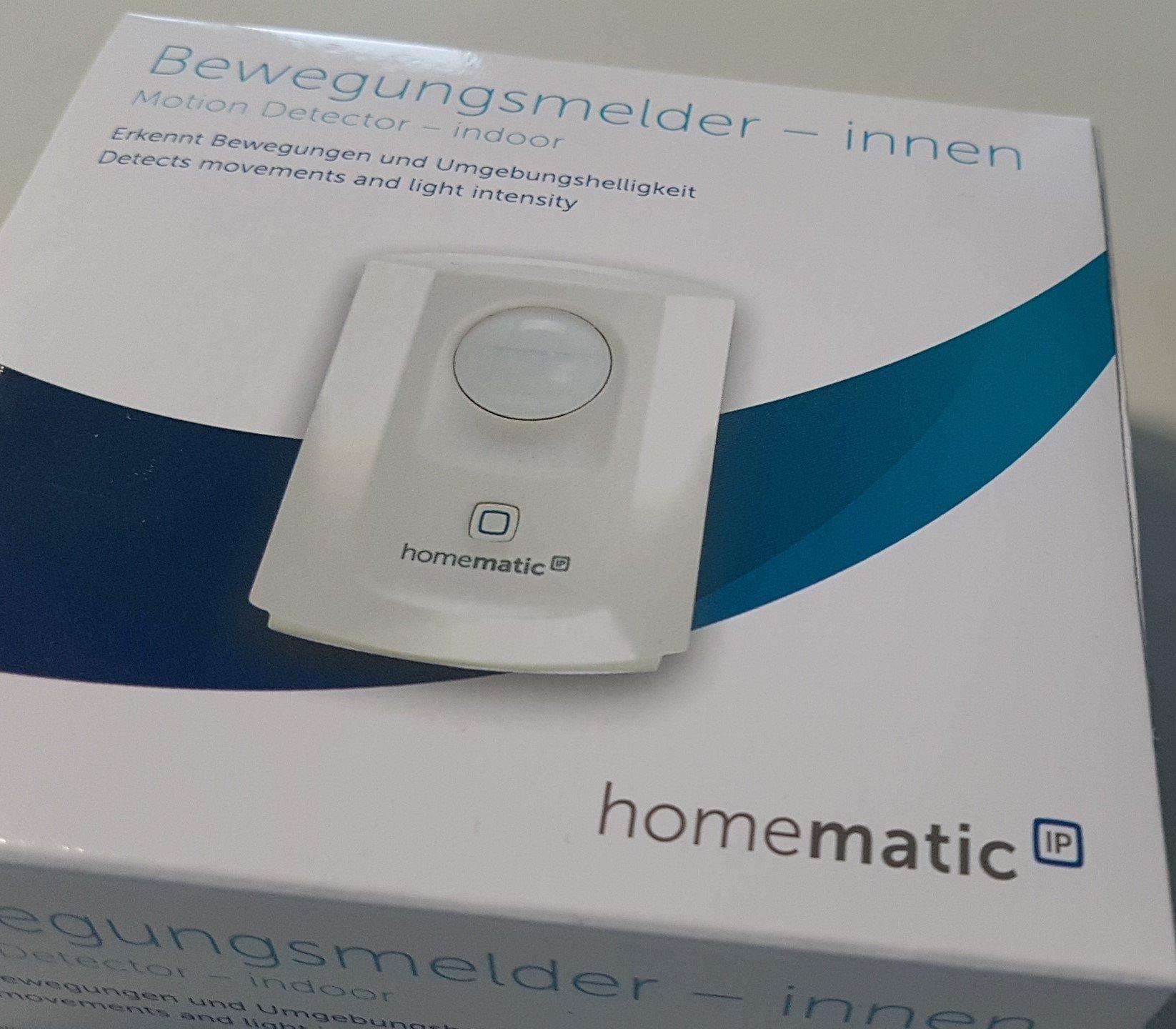 Homematic IP Датчик за движение и светлина със сензор за яркост за Smart Home