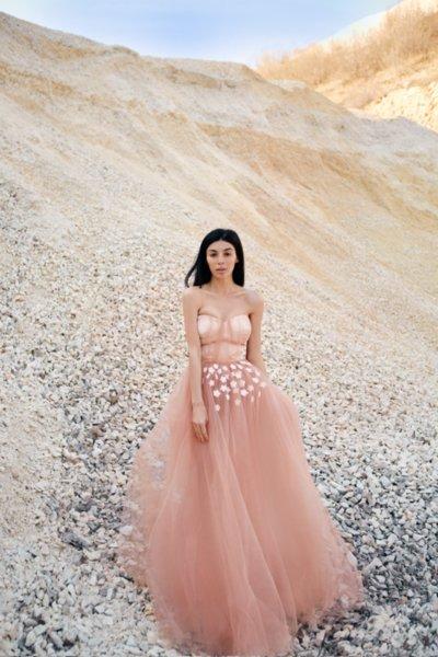 Мегз дълга рокля с 3D цветя - КОРСЕТ