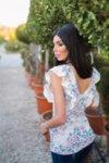 Мегз блуза без ръкав с цветя и харбалички