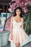 Мегз рокля с гол гръб и панделка от дантела
