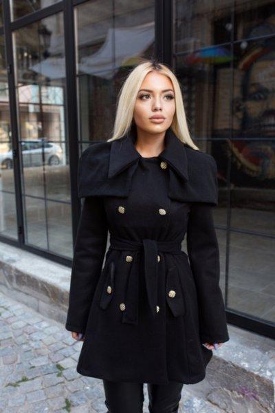 Мегз асиметрично палто с пелерина в черно