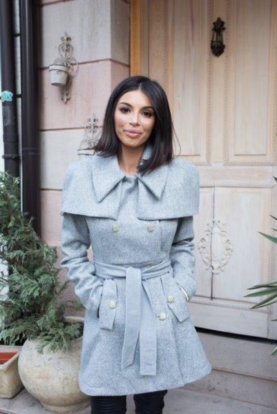 Мегз асиметрично палто с пелерина в сиво