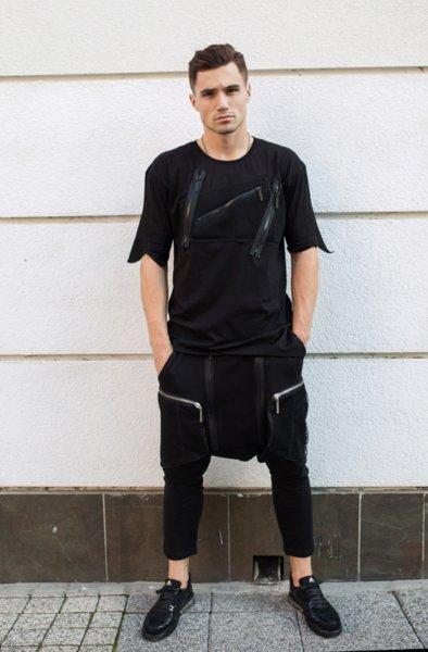 Панталон с детайли от ципове и големи джобове