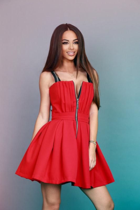 Мегз рокля бонбони в червено