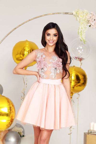 Мегз рокля с бродерия 3D цветя и мъниста