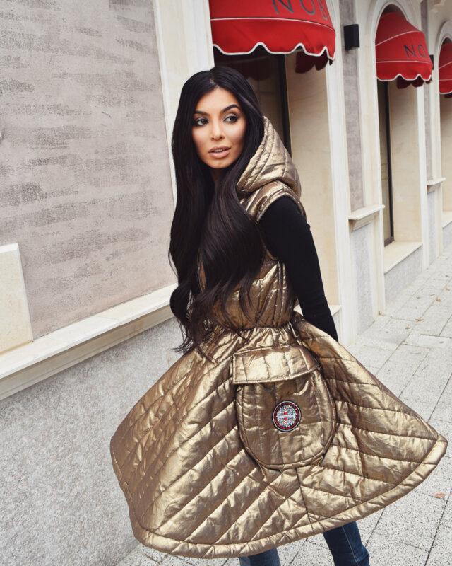 Мегз златен елек с бродерии