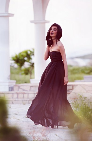 Мегз Дълга рокля