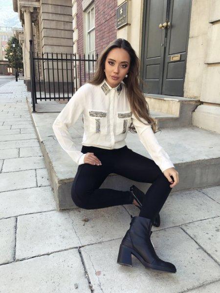 Мегз Риза с дълъг ръкав и капси