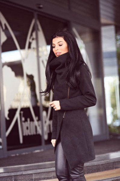 Мегз кашмирено палто с яка