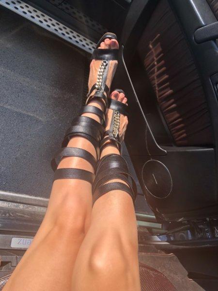 Мегз преплетени обувки с висок ток