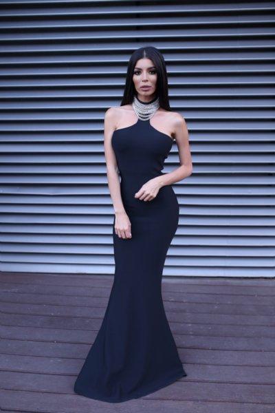 Мегз рокля с метални детайли