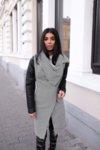 Палто с уголемена яка и детайли от кожа и метал
