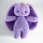 Ръчно плетена играчка от бебешка прежда Зайче-Copy
