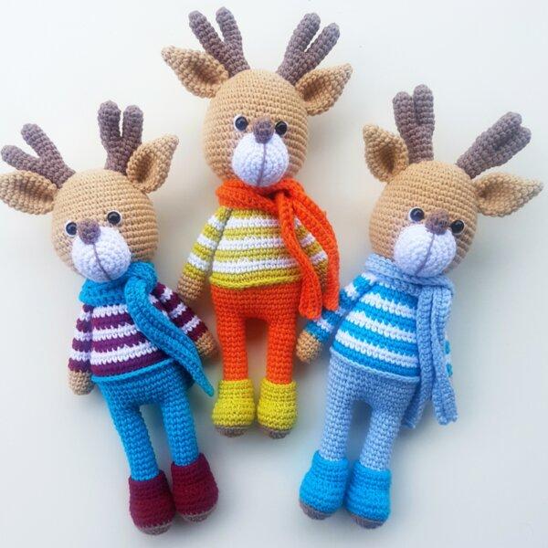 Ръчно плетена играчка Еленче