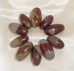 Свещени камъни от Индия – Шива Лингам
