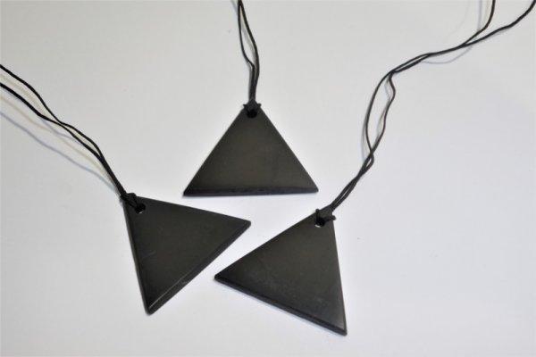 Висулка - Триъгълник
