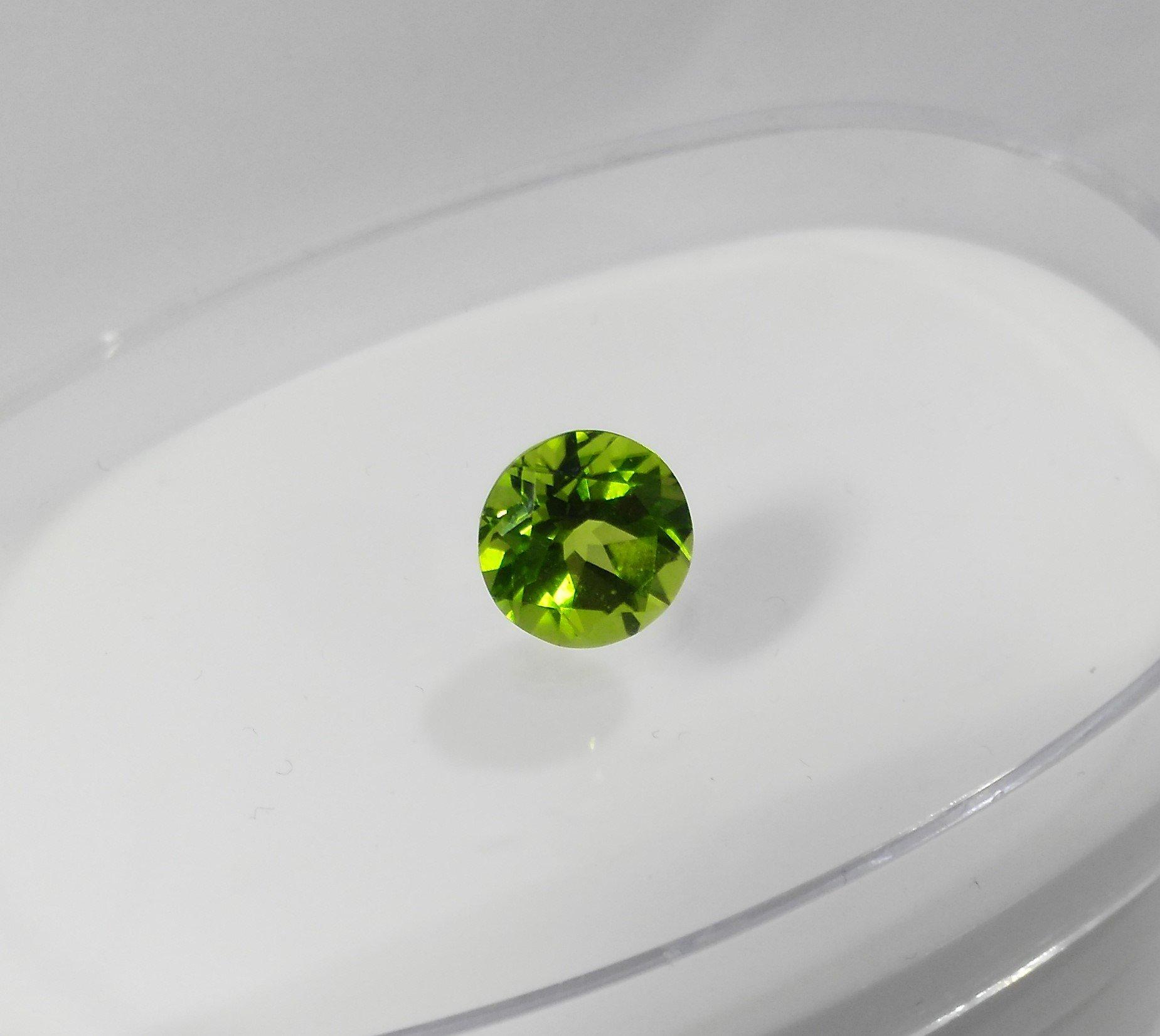 Перидот (Хризолит)