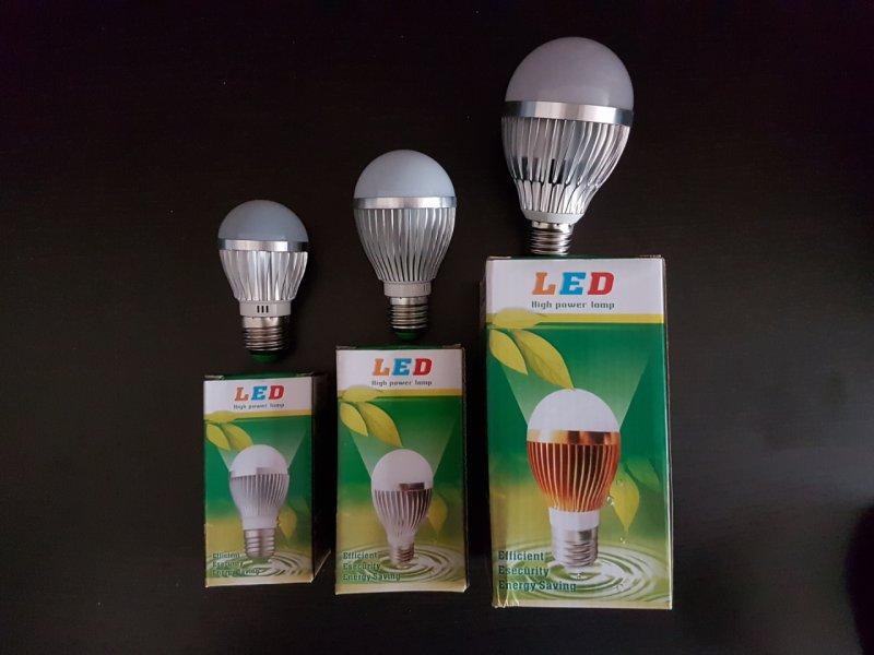 BroadLink LED – Димираща умна LED крушка