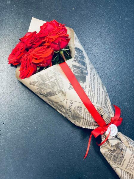 Рози във фуния