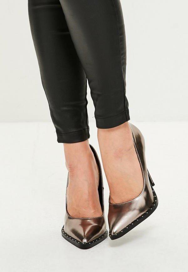 Сребърни обувки с шипчета MIA