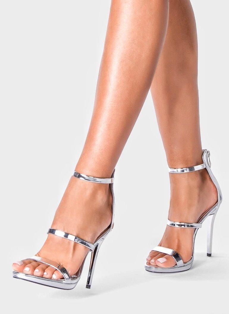 Сребърни сандали с каишки VERSAI