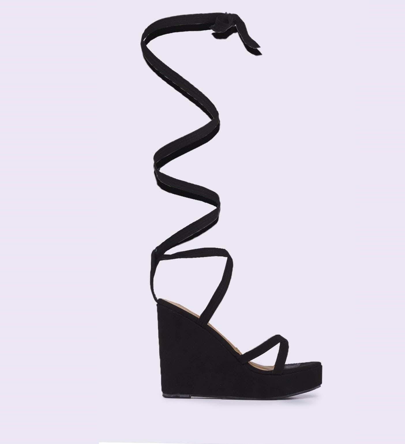Черни велурени сандали  на платформа GINGER