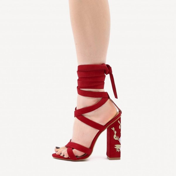 Червени велурени сандали с бродерия WOOD