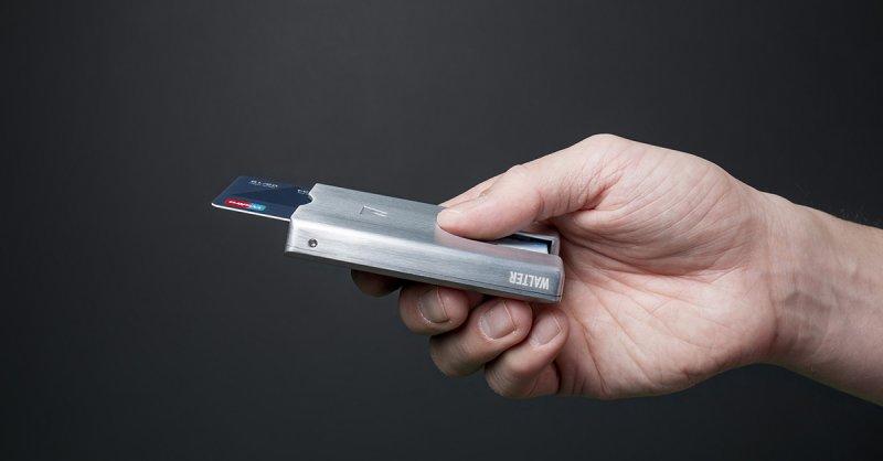 Защо ви е нужен минималистичен портфейл?