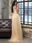 Дълга рокля Клара в златист цвят