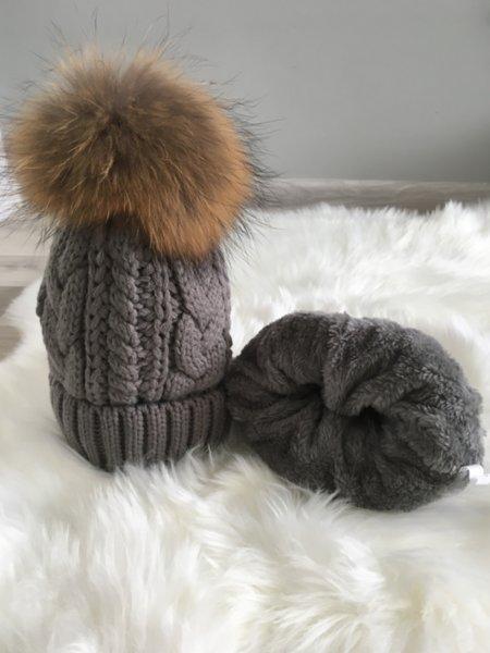 Плетена дамска шапка Алекса в сив цвят