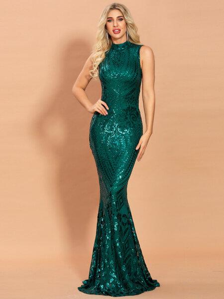Дълга пайетена рокля с голи рамене Матея в зелен цвят