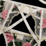Дамско дантелено бельо от три части Мериан - бриджитка, бразилиана и жартиери-Copy