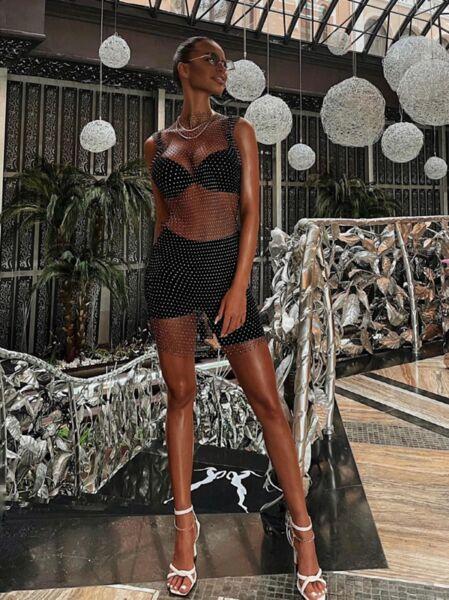 Къса плажна фишнет рокля с камъни Теозара в черен цвят