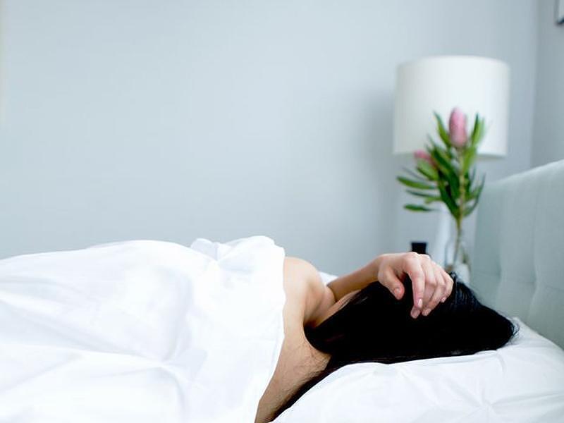 Защо да спим голи, и то не само през лятото?