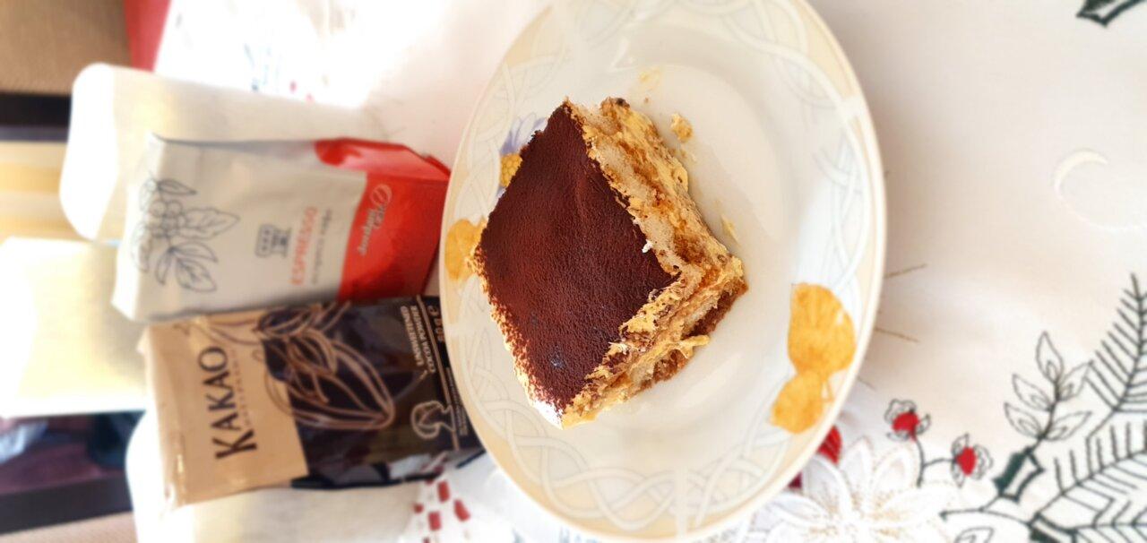 Вкусно, ароматно тирамису с какао и кафе Jordani
