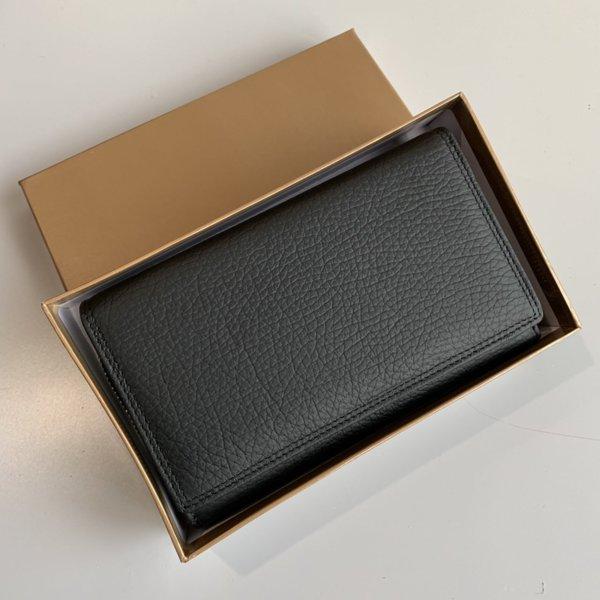 Кожено Портмоне Черен Цвят - Модел Е 1000-1450