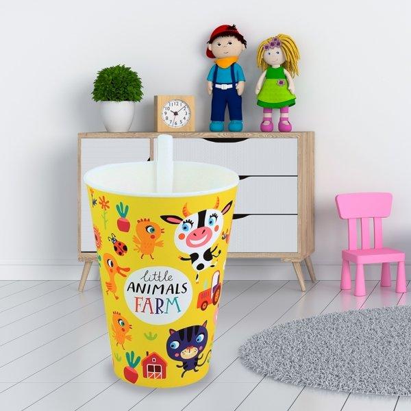 Детска чаша с вградена сламка