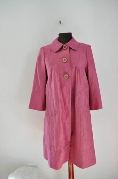 Дамско тънко манто в розово