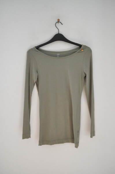 Изчистена дамска блуза (второ качество)