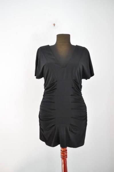 Черна дамска блуза с набори и плохи