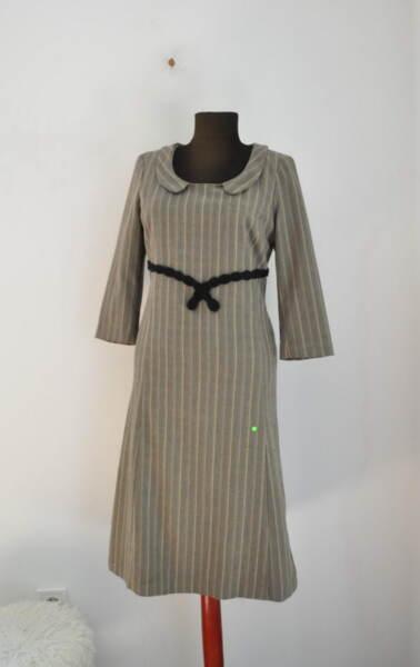 Дамска рокля с обла яка (второ качество)
