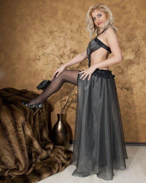 Екстравагантна рокля от италианска органза