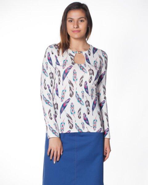 Дамска блуза от трико с отвор на деколтето (второ качество)