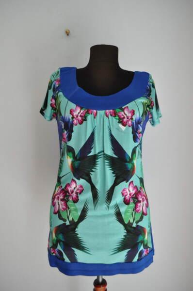 Дамска блуза със свеж принт (второ качество)