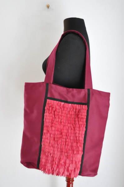Цикламена дамска чанта
