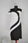 Елегантна дамска рокля с втален силует