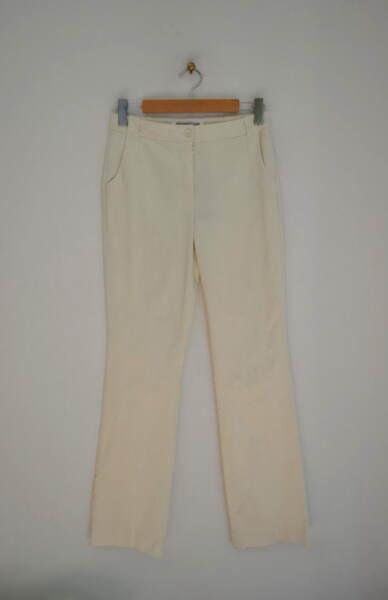 Сатенен дамски панталон в екрю (второ качество)