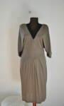 Вталена дамска рокля с ефектен аксесоар (второ качество)