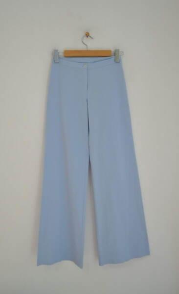 Млечносин дамски панталон с широк крачол (второ качество)